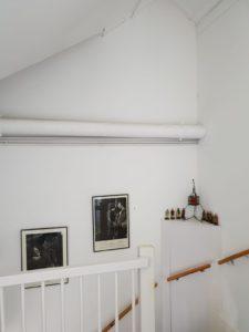 onbewerkte muur-vernieuwend-steenstrips-trendy