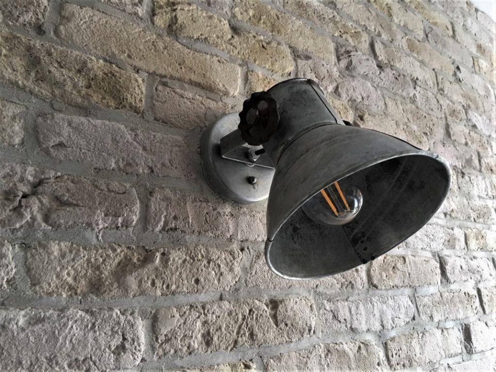 muurdecoratie-wallofsteen-bakstenen muur-stoere muur-oude muur-dunne steenstrips-industriele muur
