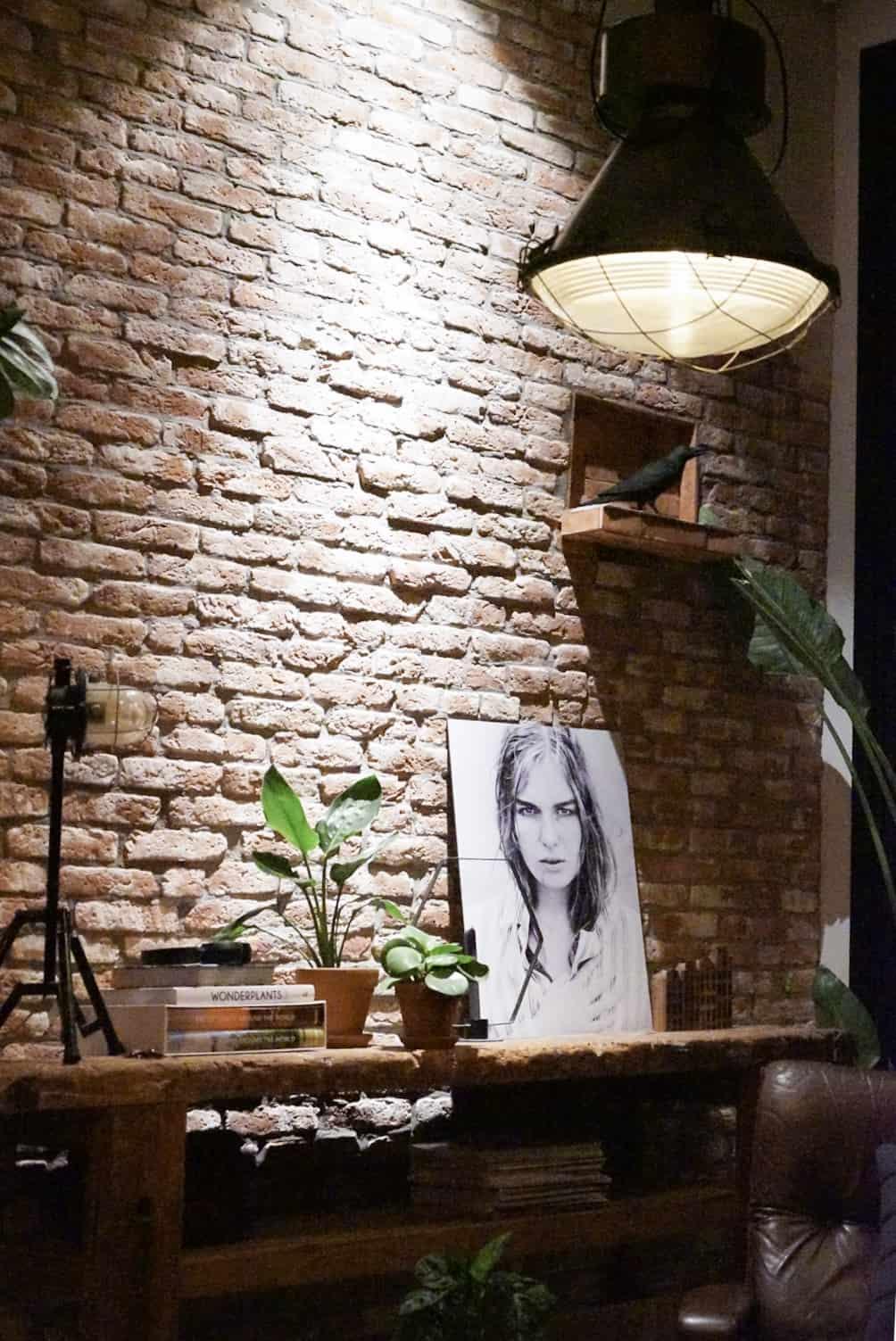bakstenen muur-industriele muur-Jellina Detmar