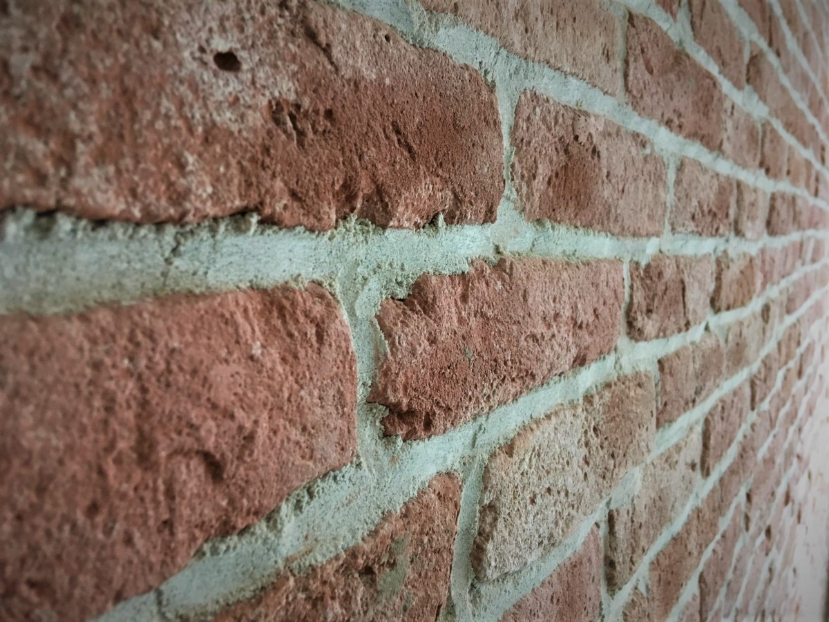 muurdecoratie-wallofsteen-bakstenen muur-stoere muur-oude muur-dunne steenstrips-brickwall